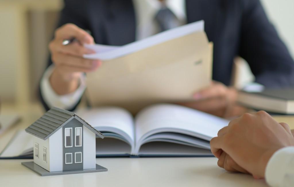 Britse huizenkopers moeten in diverse Spaanse gebieden een militaire licentie aanvragen