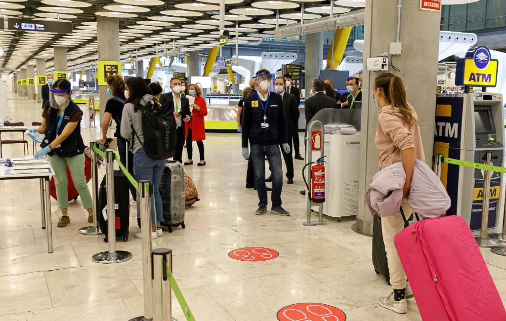 Vier passagiers zonder negatieve PCR-test vliegveld Alicante krijgen 3.000 euro boete