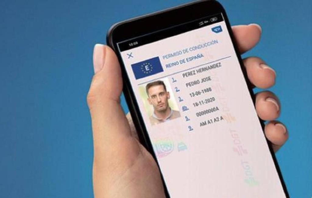 Binnenkort verkeersboetes zien en betalen via de miDGT smartphone app in Spanje