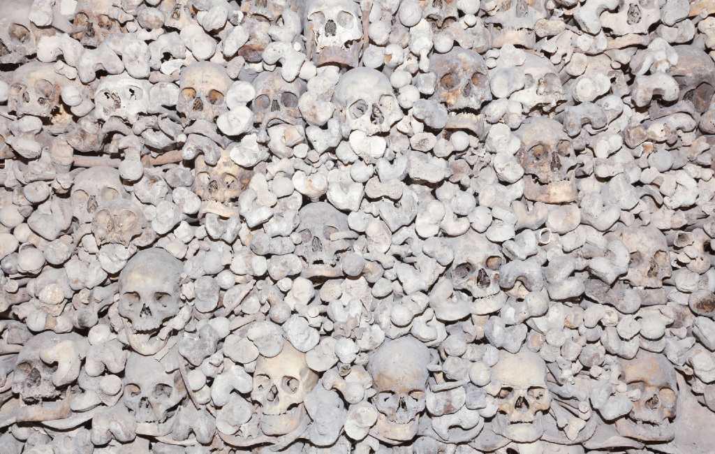 Wist je dat er maar een dorp in Spanje is dat met een W begint en meer dan 3.000 schedels heeft?