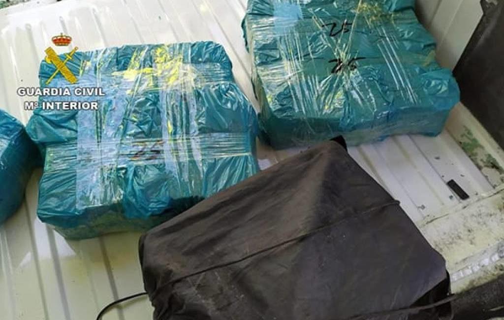 Politie vindt één miljoen euro in een dubbele bodem in een bestelbus in Aragón