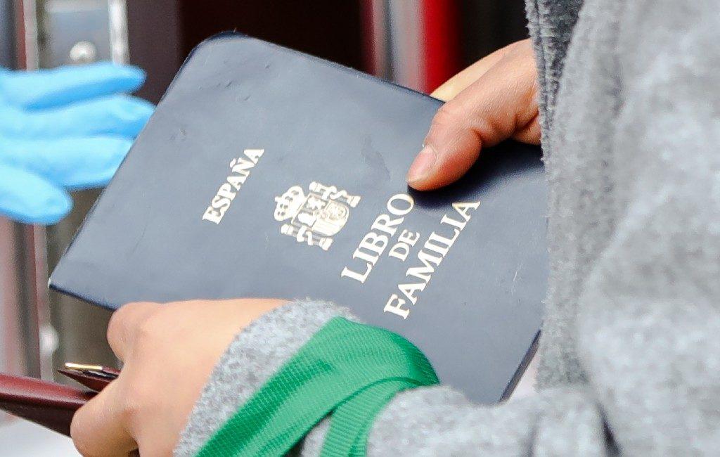 Einde aan papieren familieboekje in Spanje