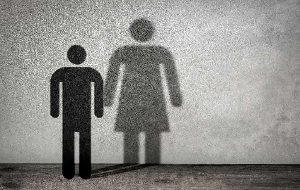 Genderneutraal Spaans van minister: 'Hijo, hija, hije' en 'niño, niña, niñe'