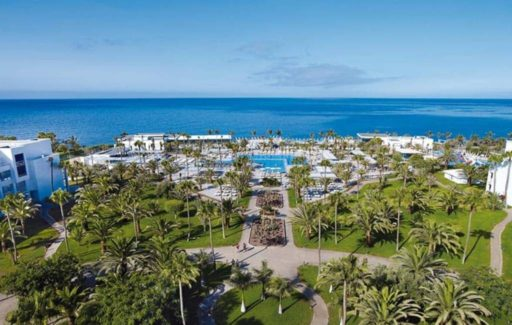 Diverse besmette reizigers tijdens corona-proefreis naar Gran Canaria