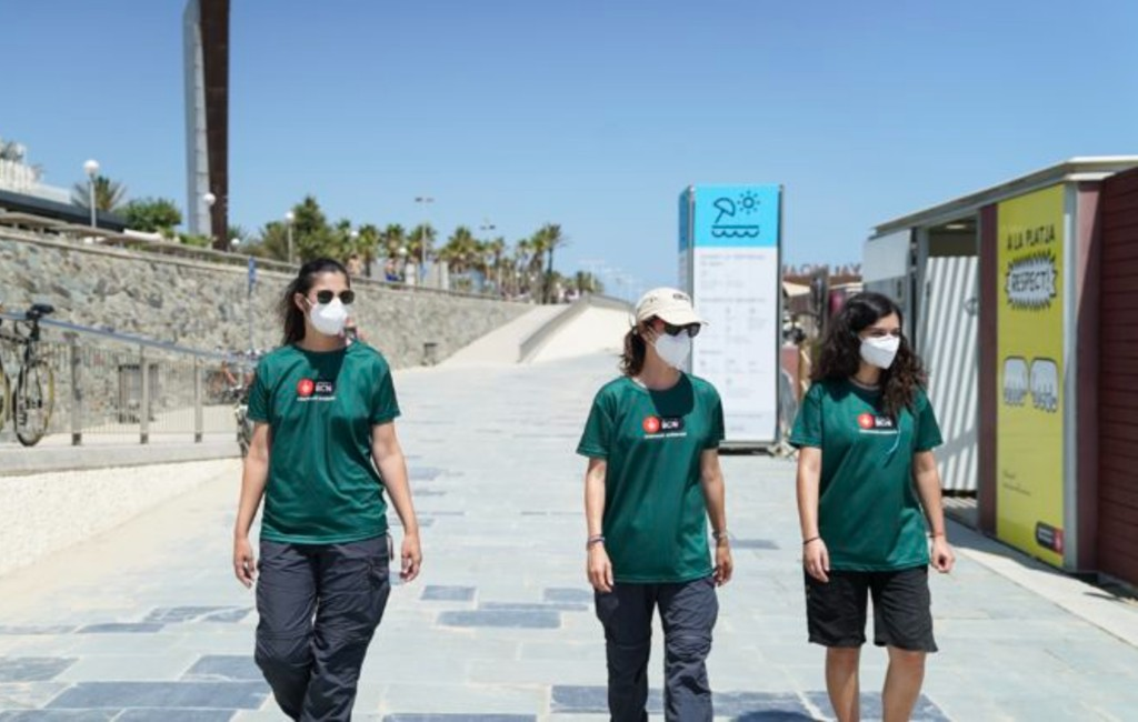 Barcelona begonnen met controles aantal aanwezigen op de stranden
