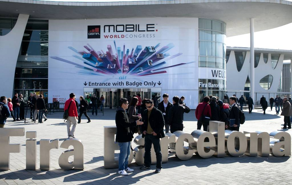 Mobile World Congress in afgeslankte corona-veilige versie van start in Barcelona