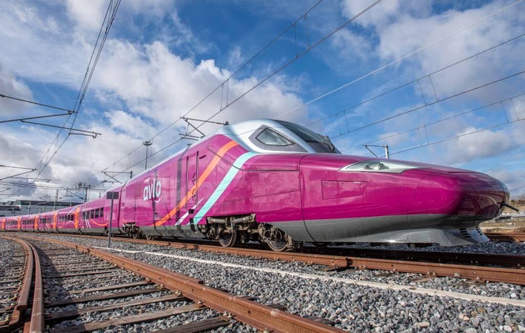 De Spaanse low cost hogesnelheidstrein AVLO start op 23 juni tussen Madrid en Barcelona