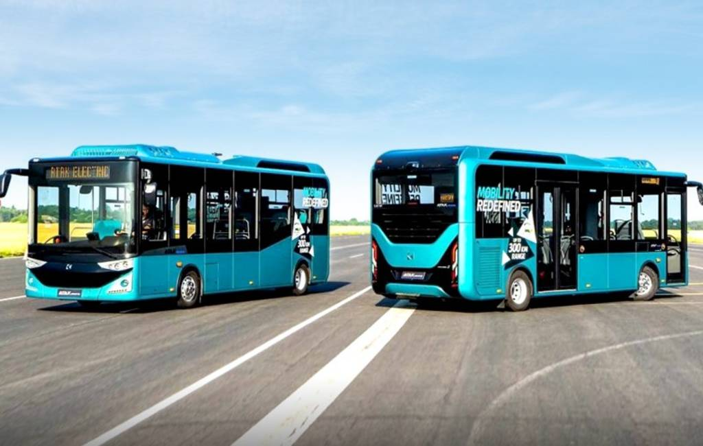 Eerste reis tussen Barcelona en Madrid met elektrische bus duurde 14 uur
