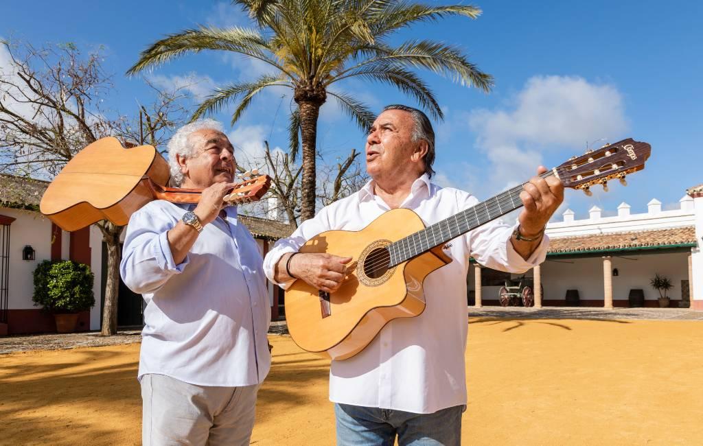 Slapen en koken in het landhuis van de 'Macarena' zangers Los del Rio in Andalusië
