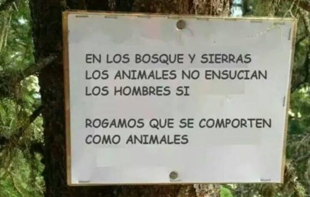 Bericht van de Spaanse Guardia Civil op Twitter: 'gedraag je als een dier in de natuur'