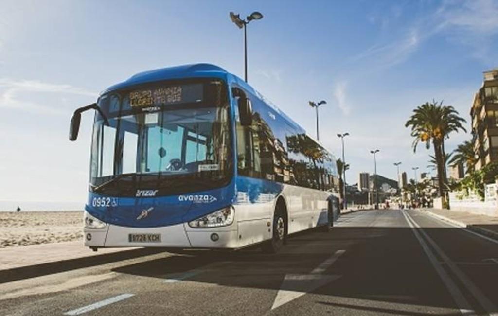 Inwoners van Benidorm krijgen buskaart met 10 euro saldo
