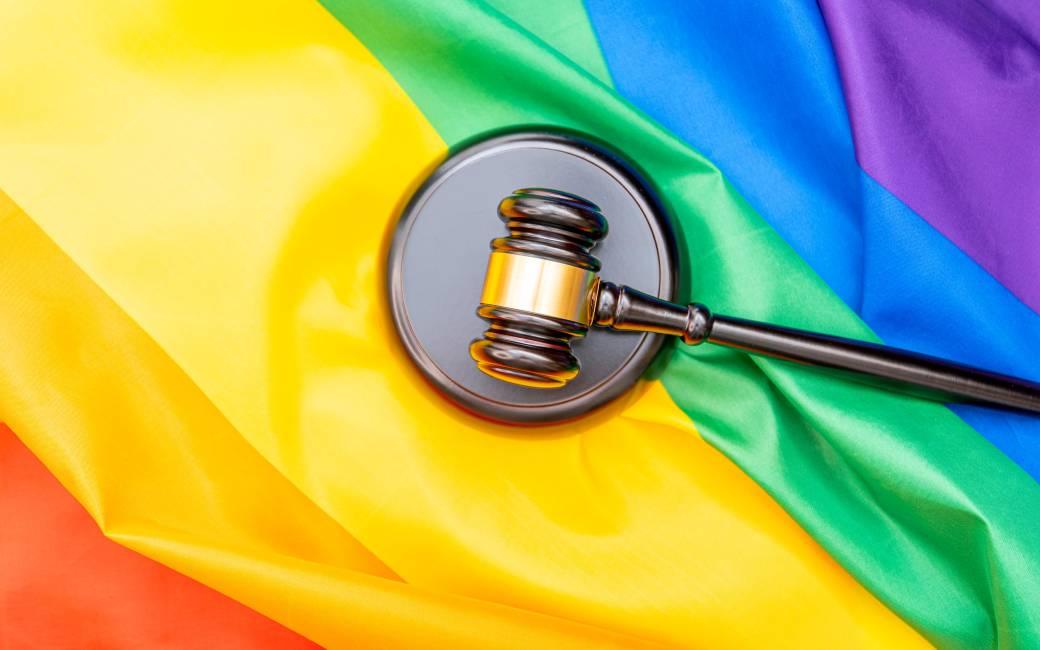 Rechtbank in Valencia trekt uitspraak in tegen man die homoseksuele geaardheid 'verborg' voor echtgenote