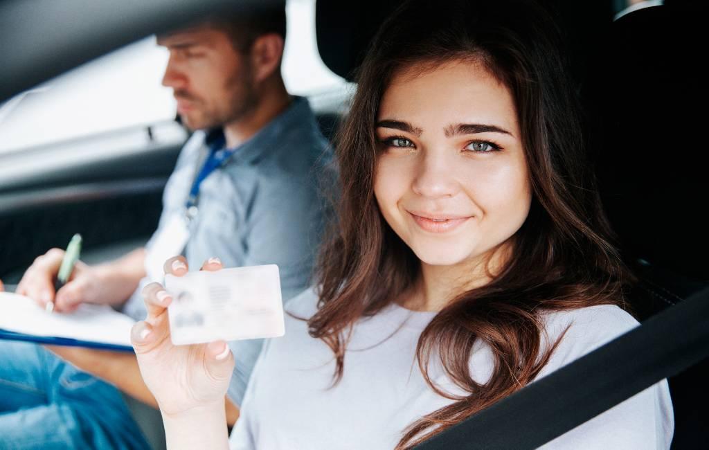 Steeds minder jongeren willen en/of hebben een rijbewijs in Spanje