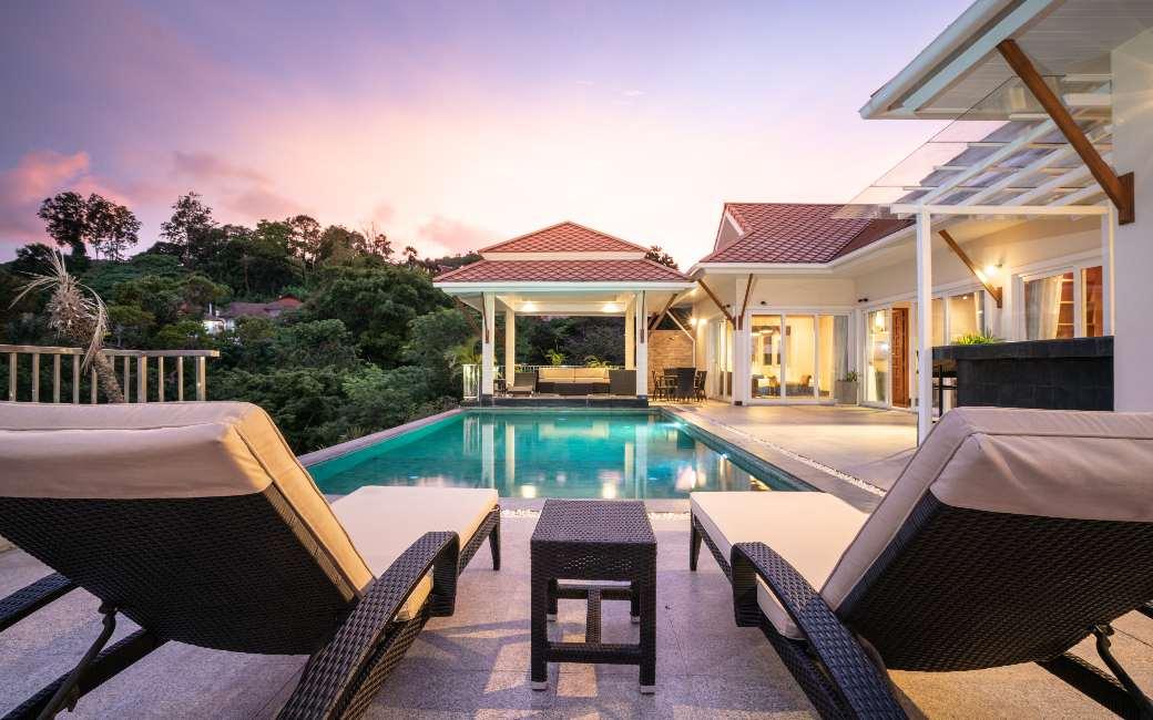 Drie op de vier luxe woningen staat te koop in Málaga, Balearen, Madrid en Barcelona