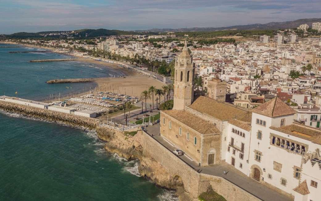 Sitges is de kustplaats met de duurste appartementen van Spanje