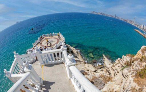 Toeriste overleden na val vanaf het Balcón del Mediterráneo in Benidorm