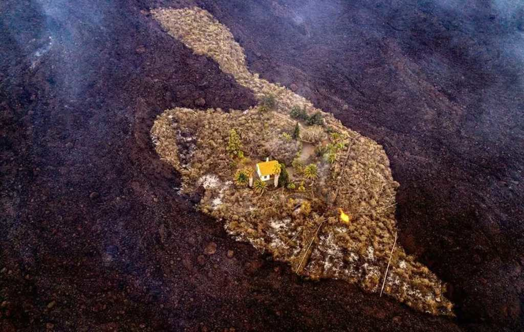 Het verhaal van het 'wonder-huis' dat gespaard bleef van het lava op La Palma