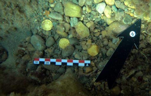 Twee duikers vinden 53 Romeinse gouden muntstukken op de zeebodem bij Alicante