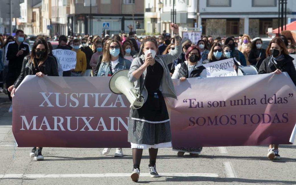 Spaanse rechter ziet geen strafbaar feit in video opnames van op straat plassende vrouwen