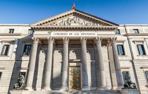 Premier Spanje wil een administratieve decentralisatie door overheidsinstanties te verplaatsen