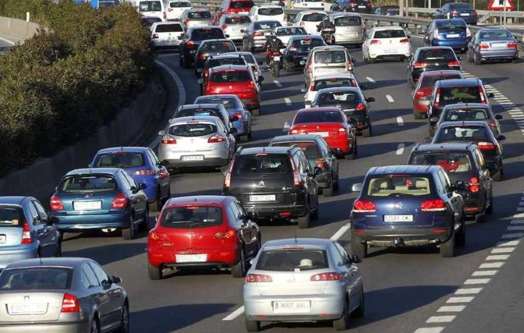 Meer radars, politiecontroles en auto's op de Spaanse wegen deze zomer