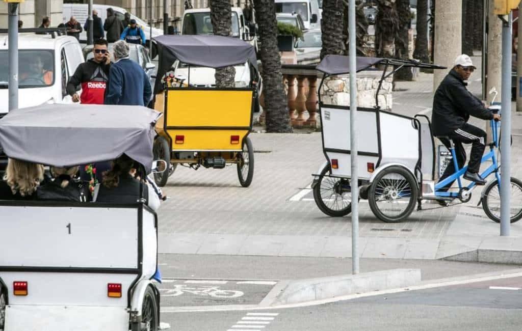 Barcelona wil fietstaxi's beter reguleren