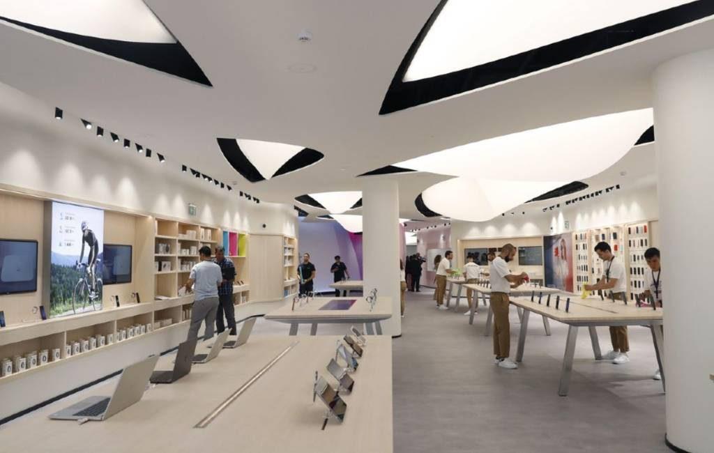 Huawei opent grootste winkel ter wereld in Madrid