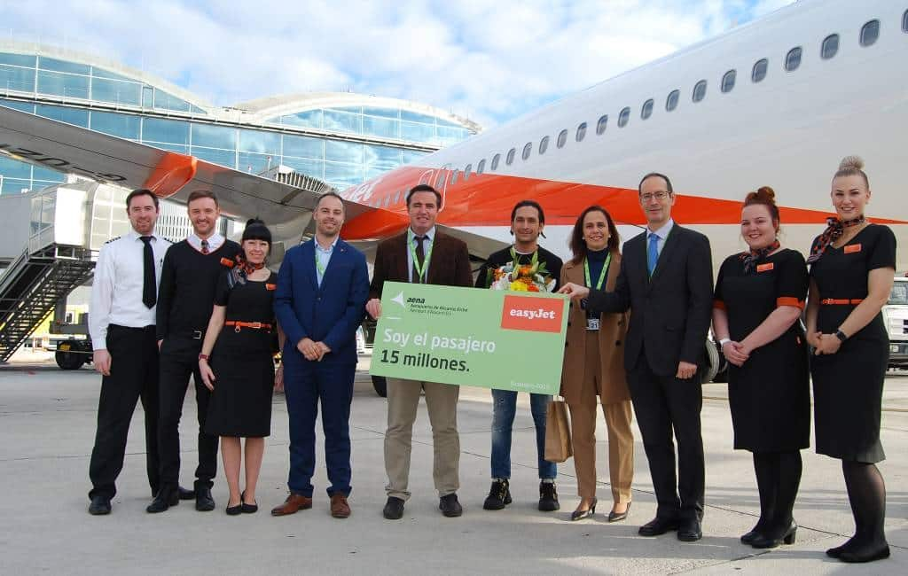 15 miljoenste passagier voor Alicante-Elche vliegveld