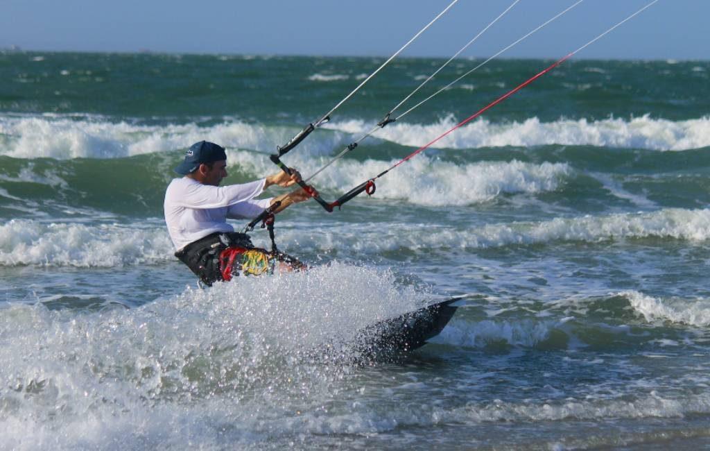 Storm Elsa eist leven van Nederlandse kitesurfer in Huelva
