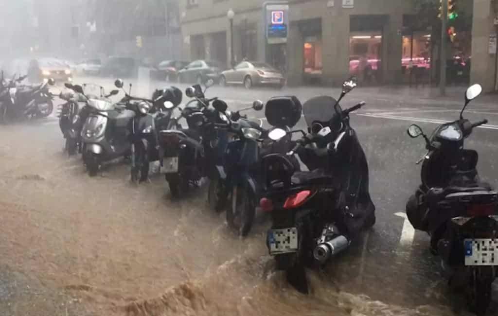 Noodweer in Barcelona en delen van Catalonië
