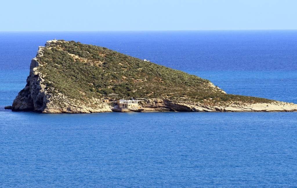 """Einde van laatste """"pirateneiland"""" van de Middellandse Zee bij Benidorm"""