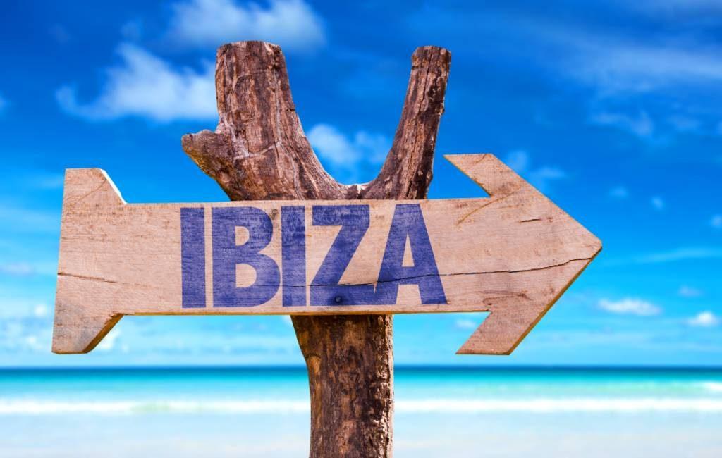 Meer Nederlanders en Belgen dan Britten op vakantie naar Ibiza