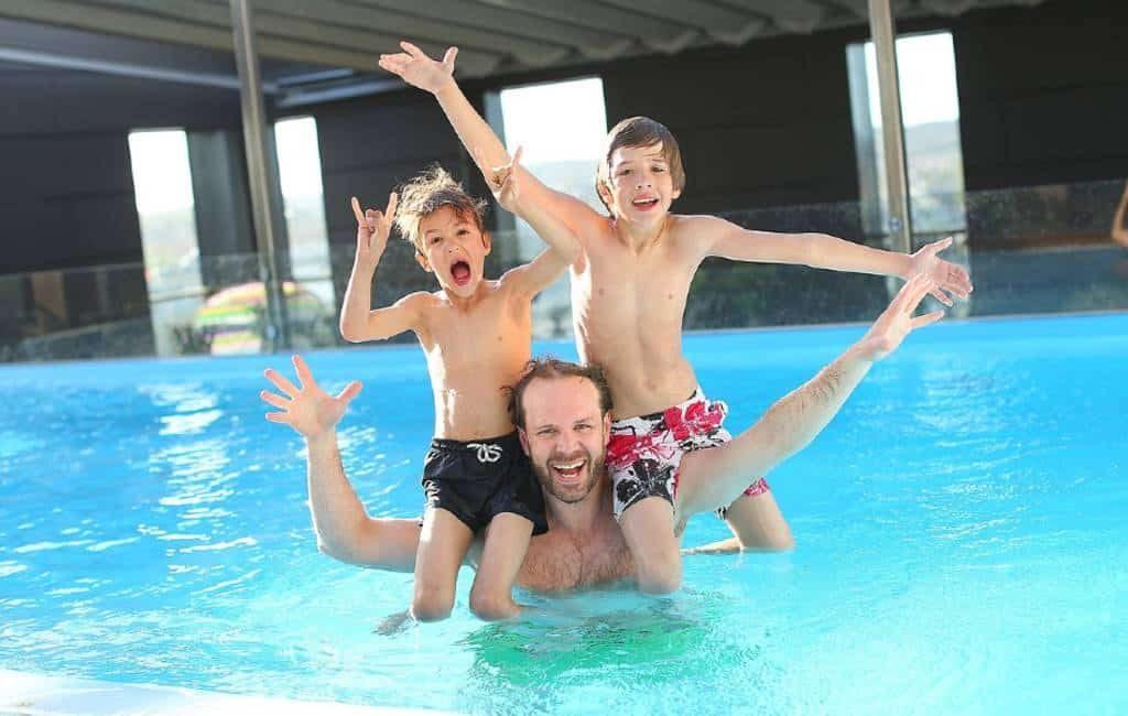 De AirBnb van de zwembaden nu ook in Spanje