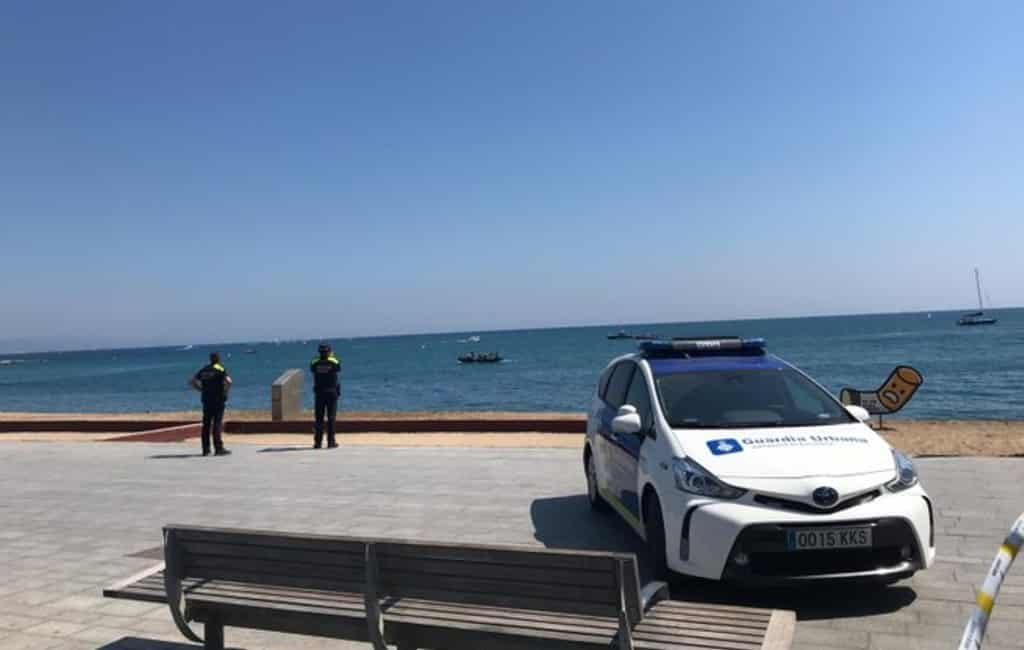 Strand Barcelona ontruimd vanwege explosief in de zee