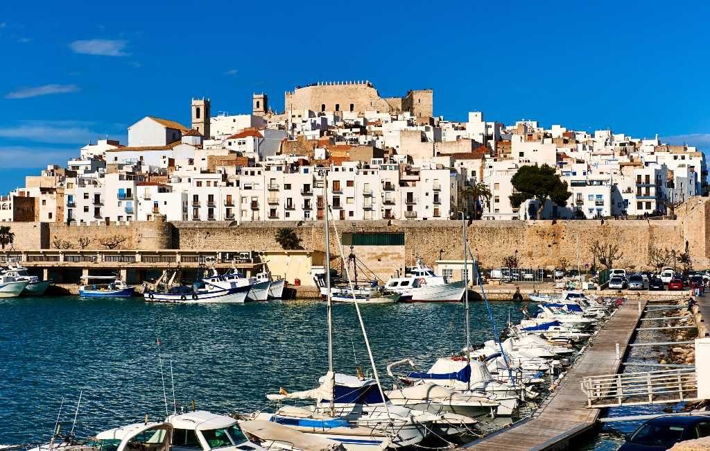 Eigenaren luxe woning op Ibiza zoeken echtpaar om op het huis te letten