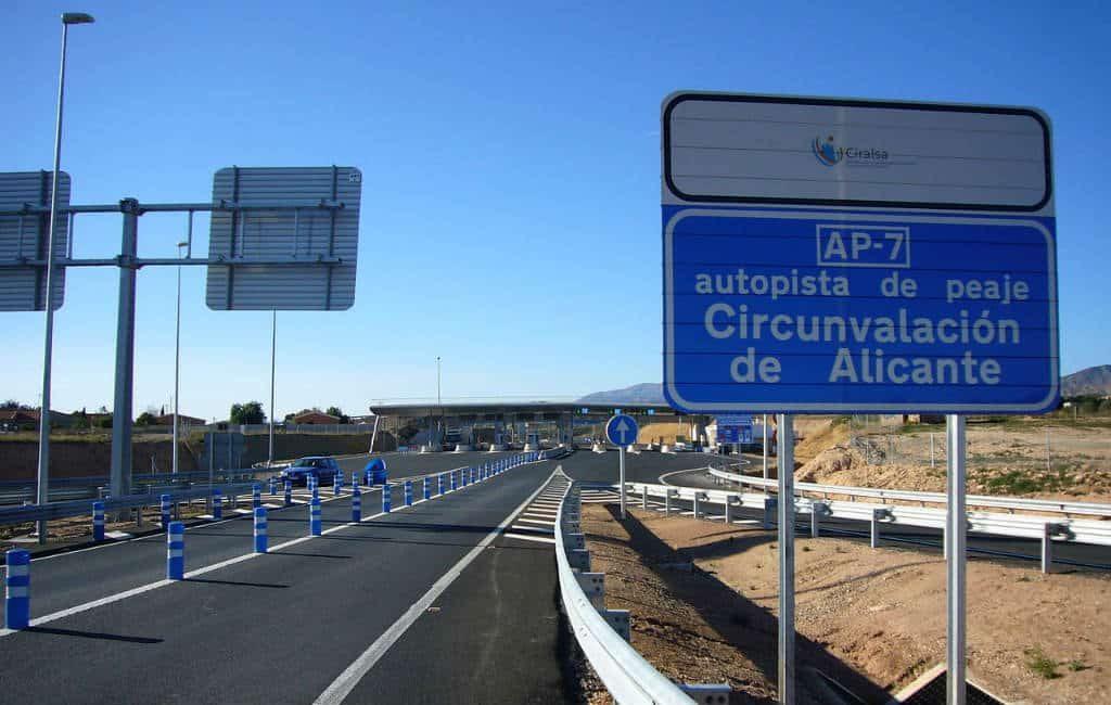 Tolweg bij Alicante vanaf dinsdag goedkoper en gratis