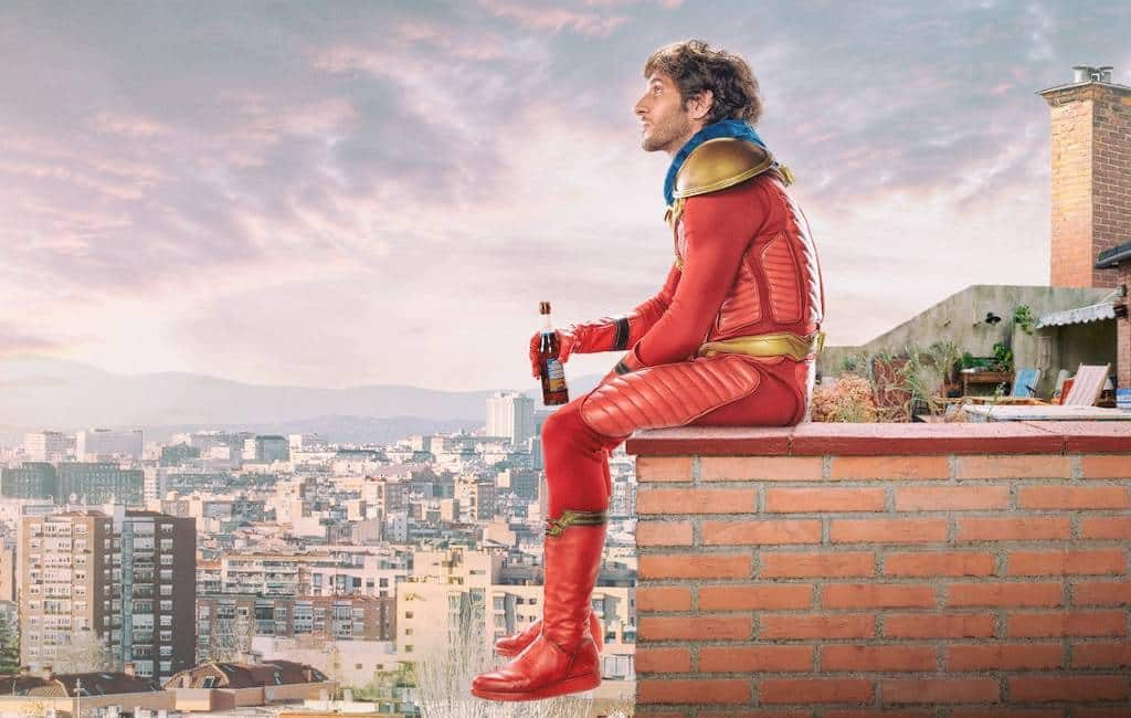 Spaanse superheld 'El Vecino' alias 'Titán' krijgt tweede seizoen bij Netflix