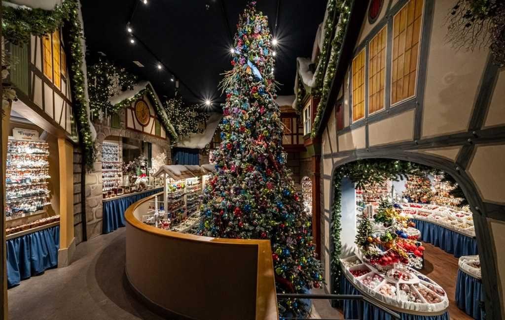 Bekende Duitse kerstmis winkel geopend in Barcelona