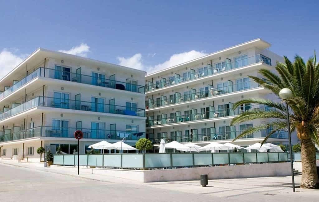 Messi koopt een viersterren hotel op Mallorca