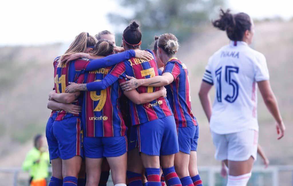 Vrouwenelftal FC Barcelona wint eerste 'klassieker' van Real Madrid