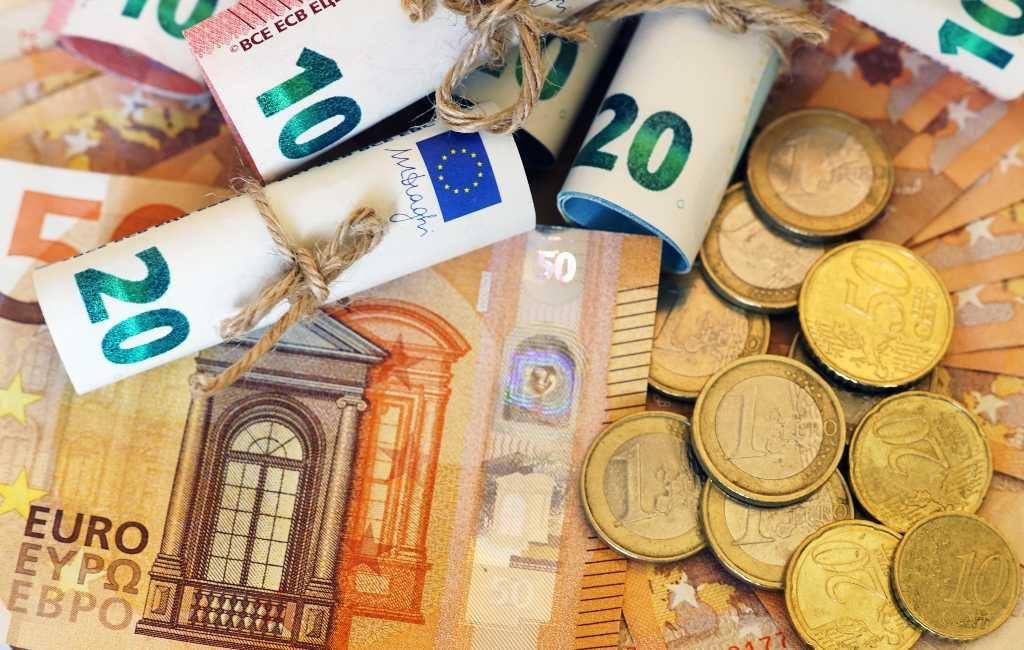 Het vaarwel van het cash/contant geld in Spanje
