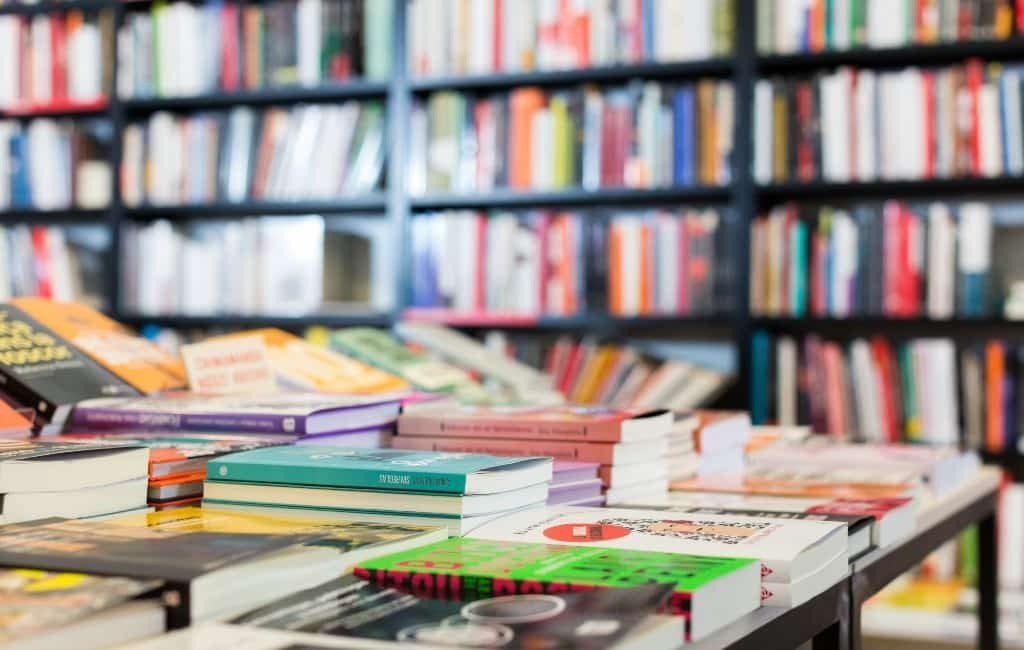 Boeken versturen via de Spaanse post Correos wordt goedkoper