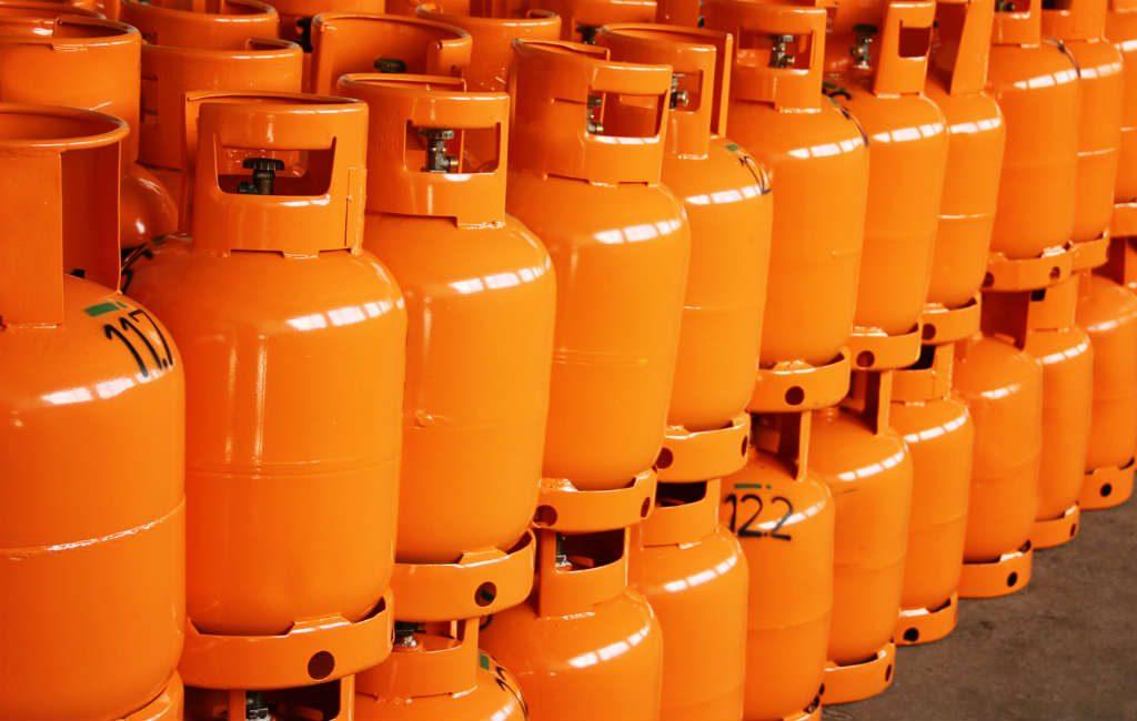 Oranje gekleurde butaangasflessen weer duurder in Spanje