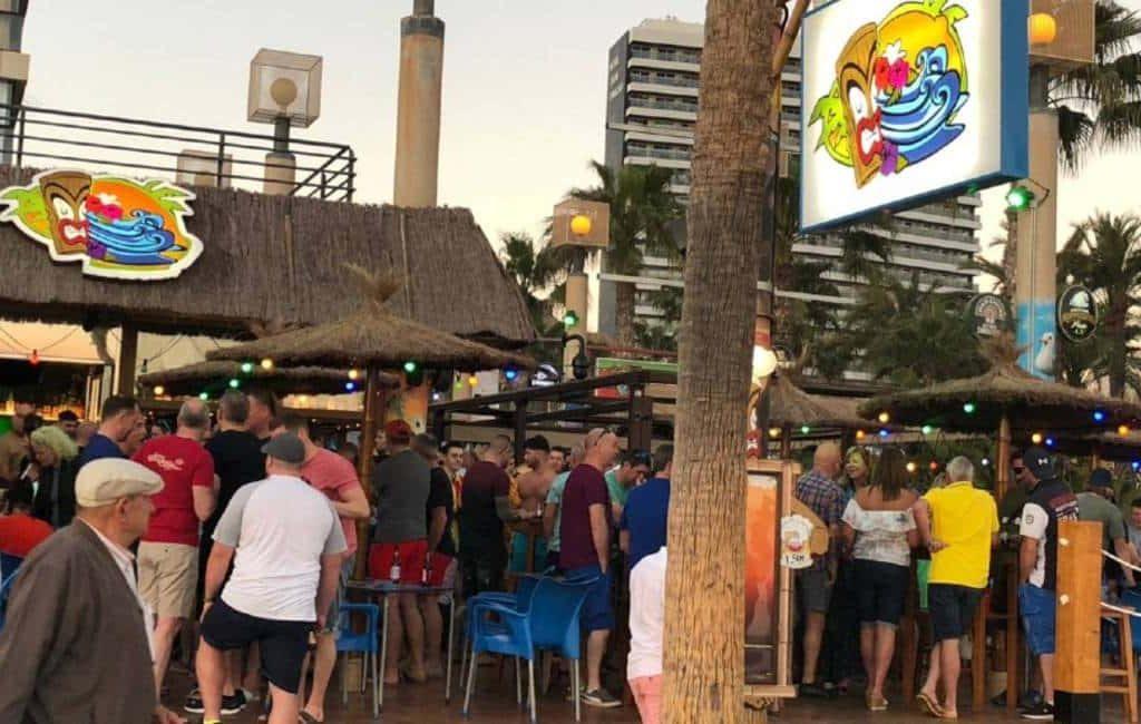 Tiki Beach Bar in Benidorm weer open met andere naam