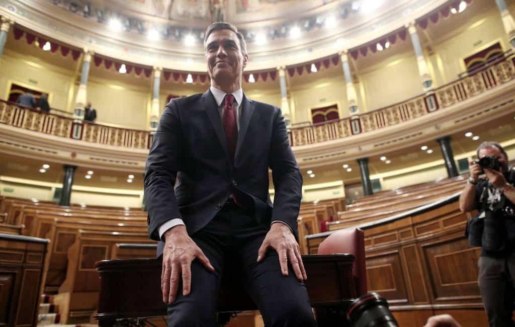 Spanje heeft een nieuwe en eerste coalitieregering