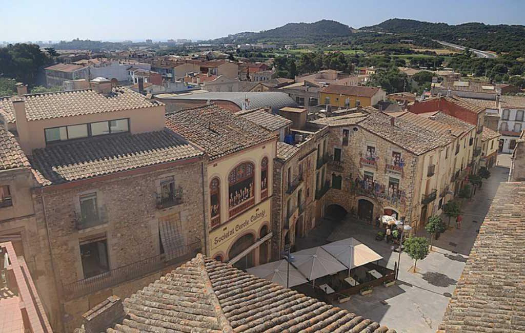 Catalaanse dorp Calonge wil eerste 'boeken-dorp' van Catalonië en Spanje worden