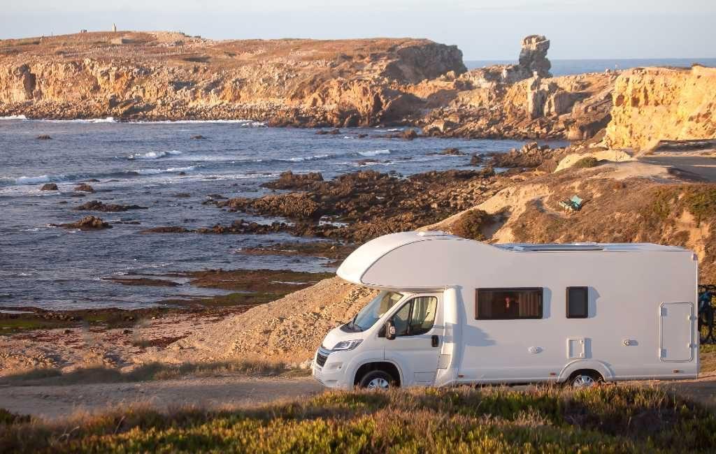 Met camper kamperen en parkeren verboden in Portugal, hoe is dat in Spanje?