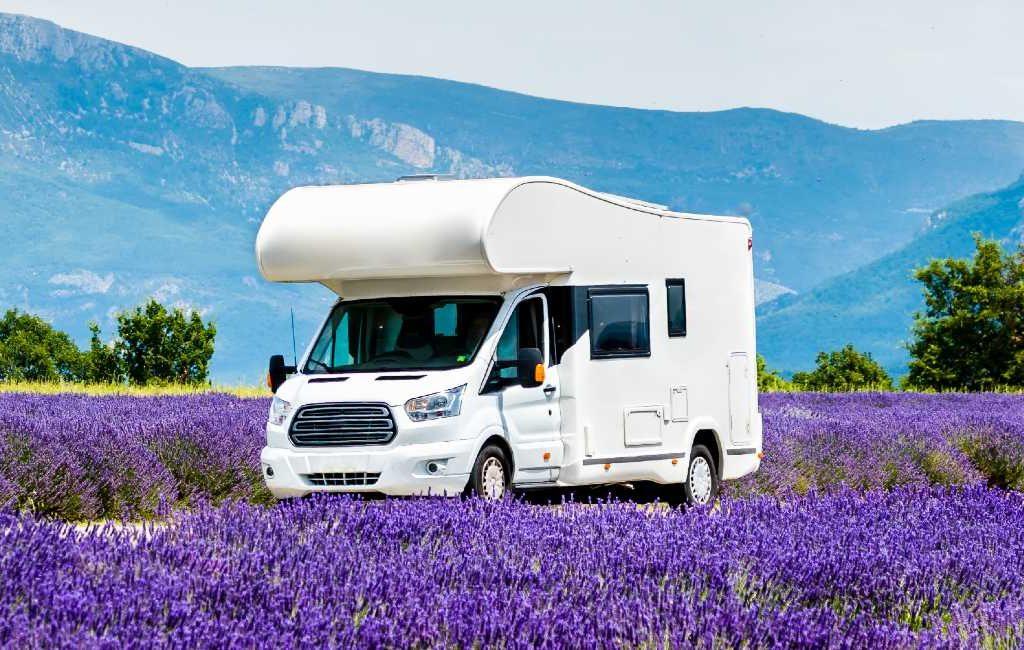 De 10 meest verkochte campers en kampeerauto's in Spanje