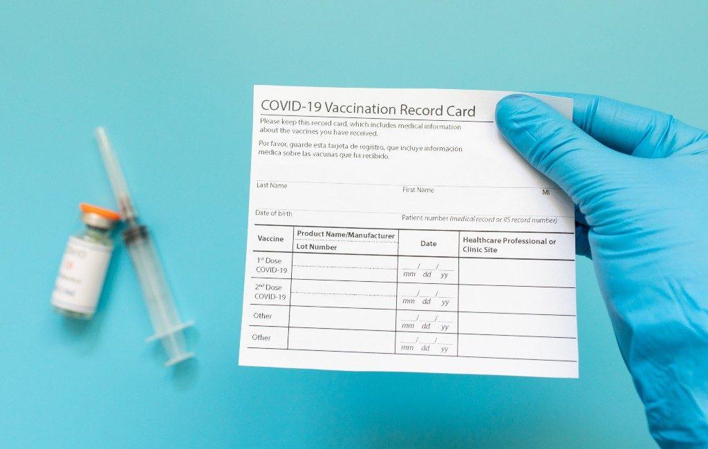Vaccinatiebewijzen Spanje alleen in de 4 officiële talen te krijgen