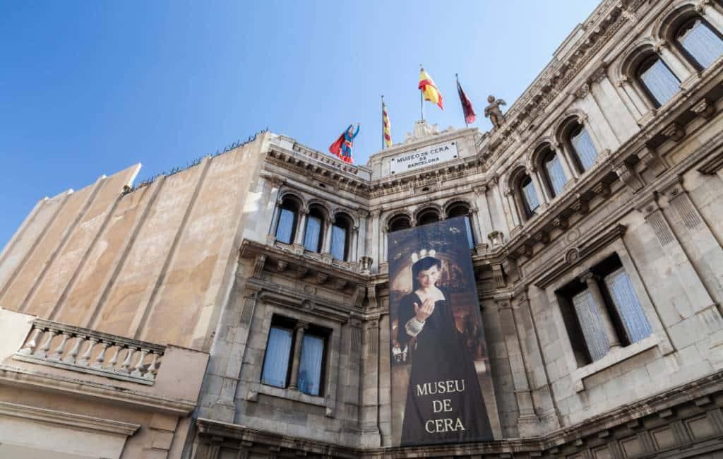 Wassenbeelden museum Barcelona te koop